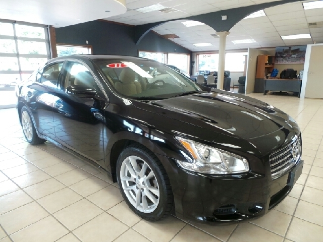Used Nissan Maxima 4DR SDN V6 CVT 3.5 S, REDUCED!
